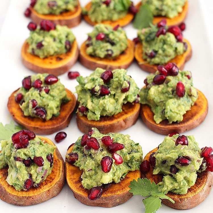 Guac + pomegranates + toasted sweet potato